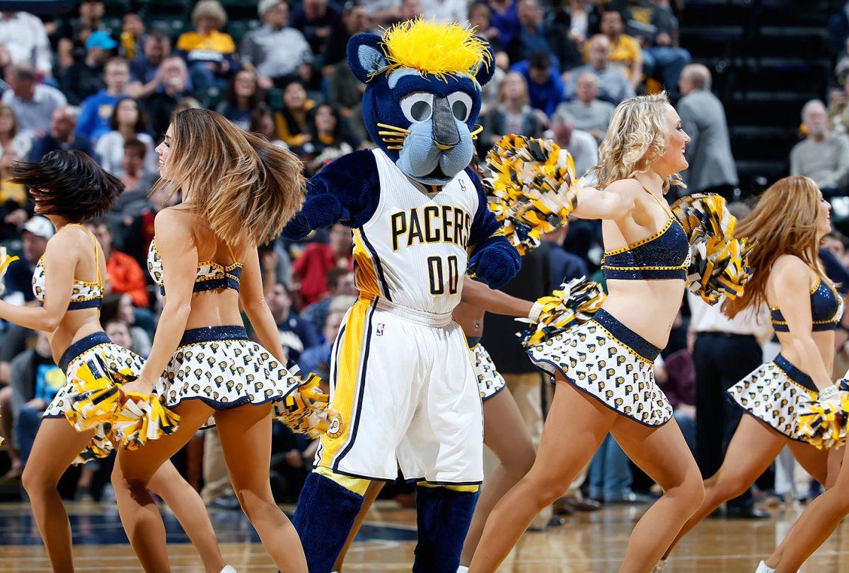 Indiana-Pacers-mascot-Boomer.jpg