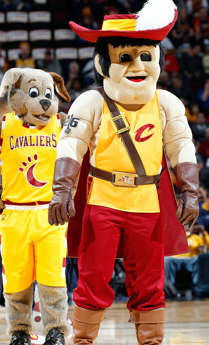 Cleveland-Cavaliers-mascots-Sir-CC-and-Moon-Dog.jpg