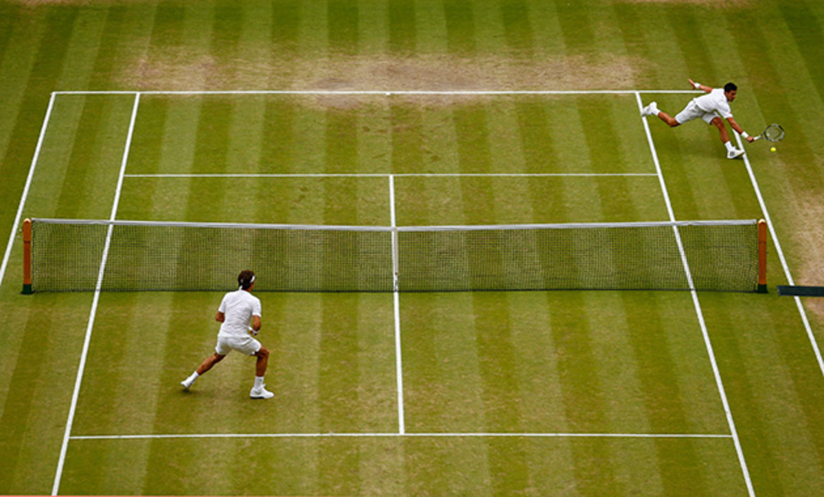 federer-djokovic-wimbledon-courts.jpg