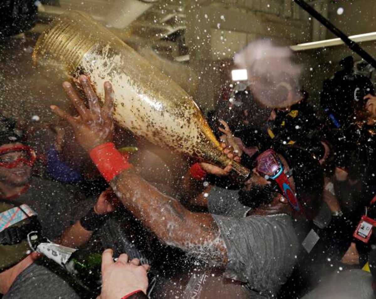 ortiz-giant-champagne.jpg