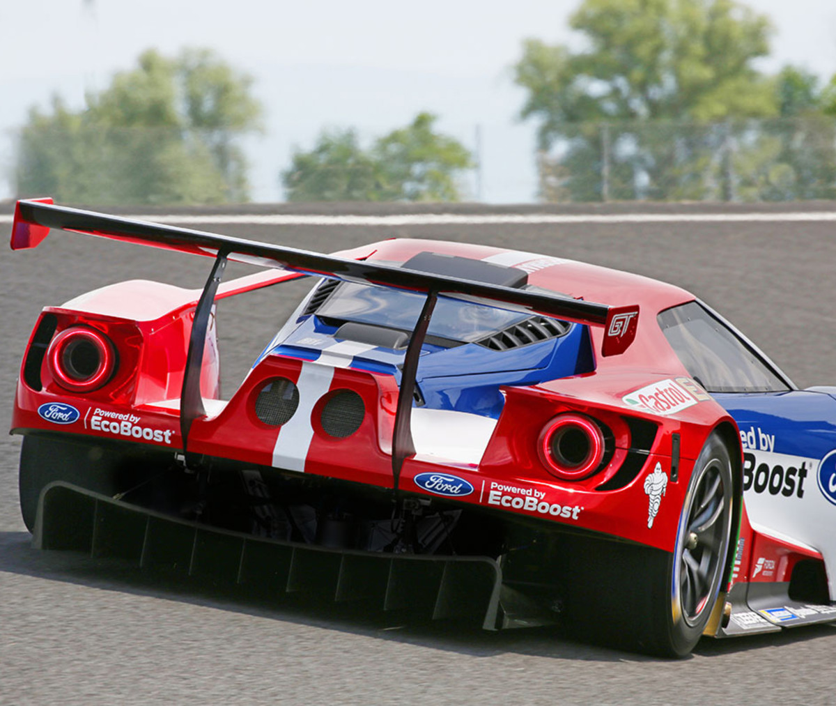 thedrive-bodyphoto2-fordgt.jpg