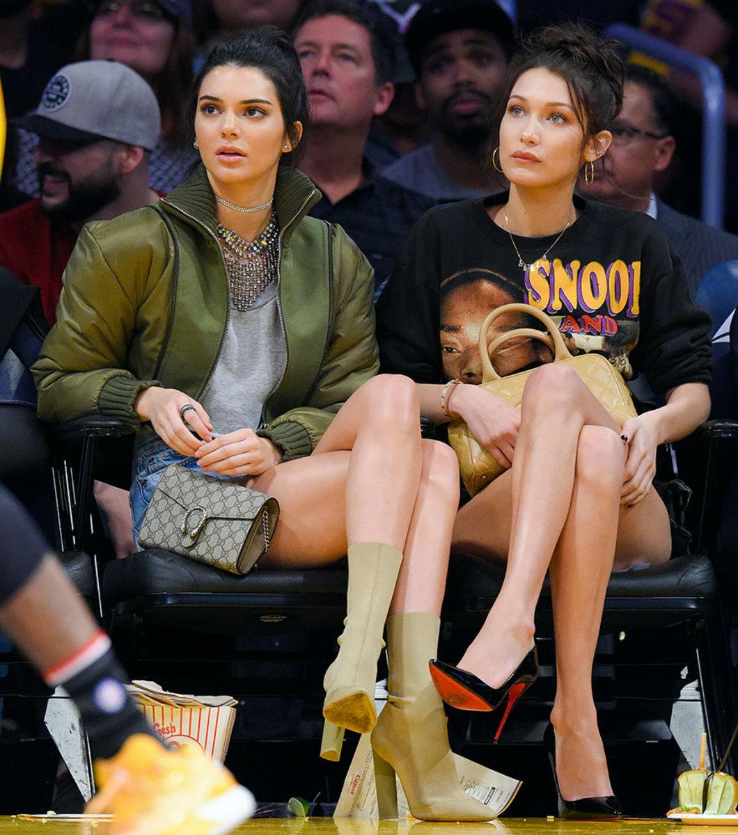 2016-1108-Kendall-Jenner-Bella-Hadid.jpg