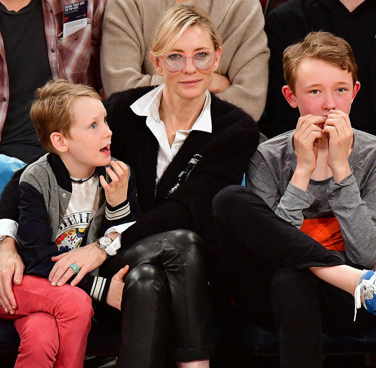2016-1102-Cate-Blanchett-sons-Ignatius-and-Roman.jpg