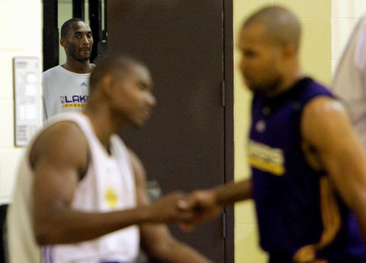 2007-Kobe-Bryant-Andrew-Bynum-Derek-Fisher.jpg