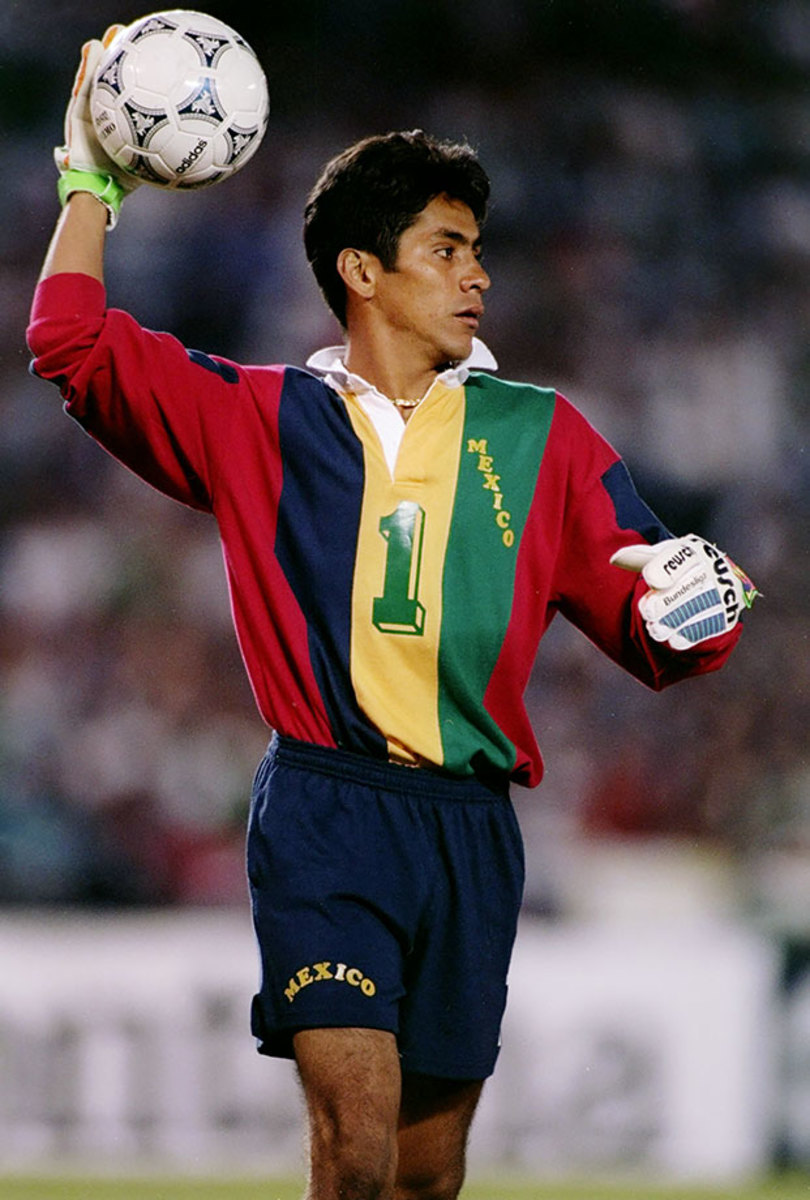 1993-1020-Jorge-Campos.jpg