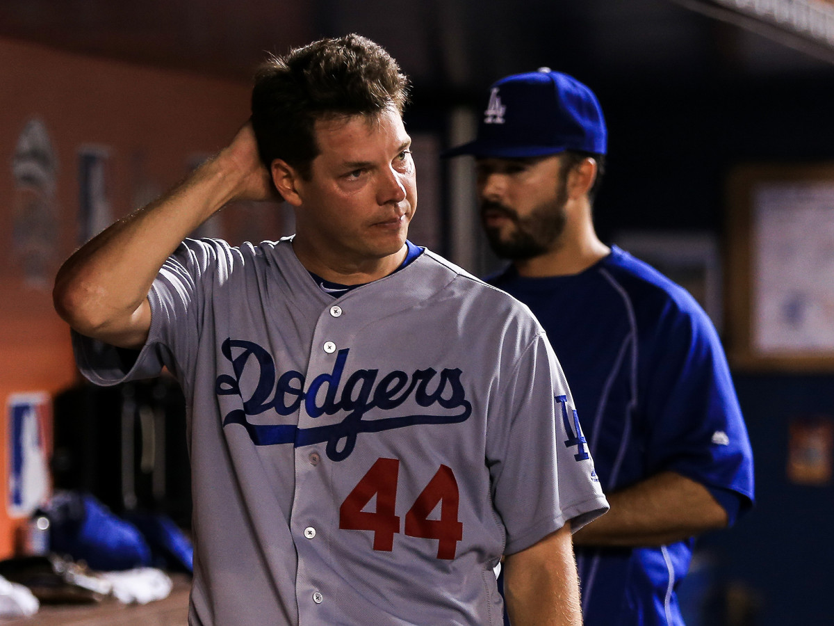 dodgers-rich-hill-pulled-dave-roberts.jpg