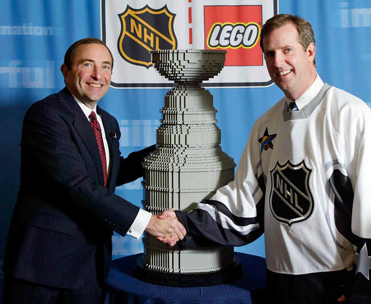 2002-1119-Stanley-Cup-LEGO.jpg