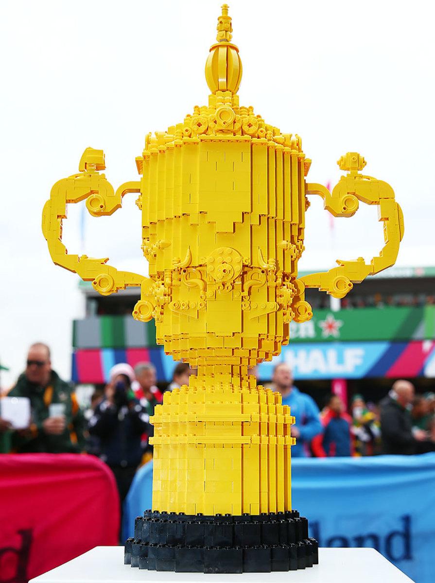 2015-1017-Rugby-Webb-Ellis-Cup-LEGO.jpg