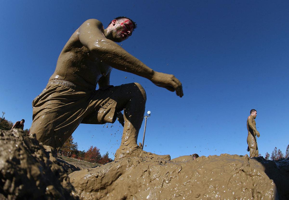 2012-Tough-Mudder-Englishtown-154555083_10.jpg