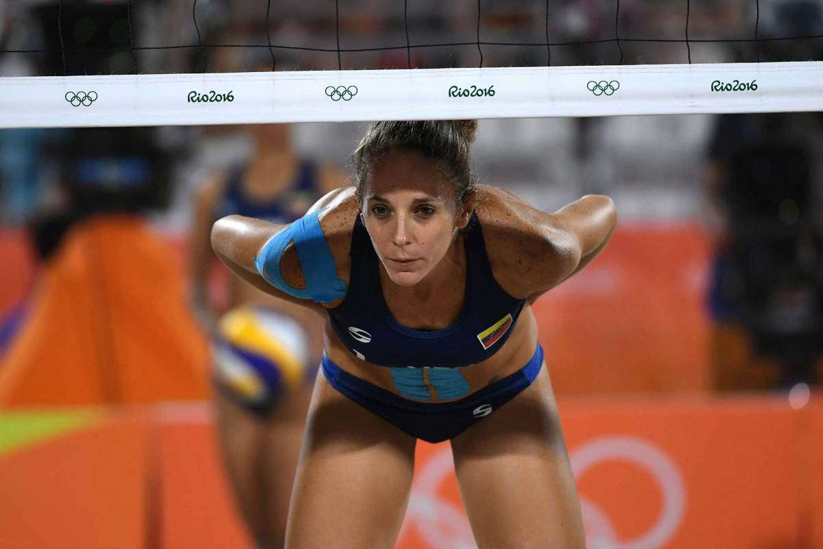 Womens-beach-volleyball-pictures-2016-rio-olympics-14.jpg
