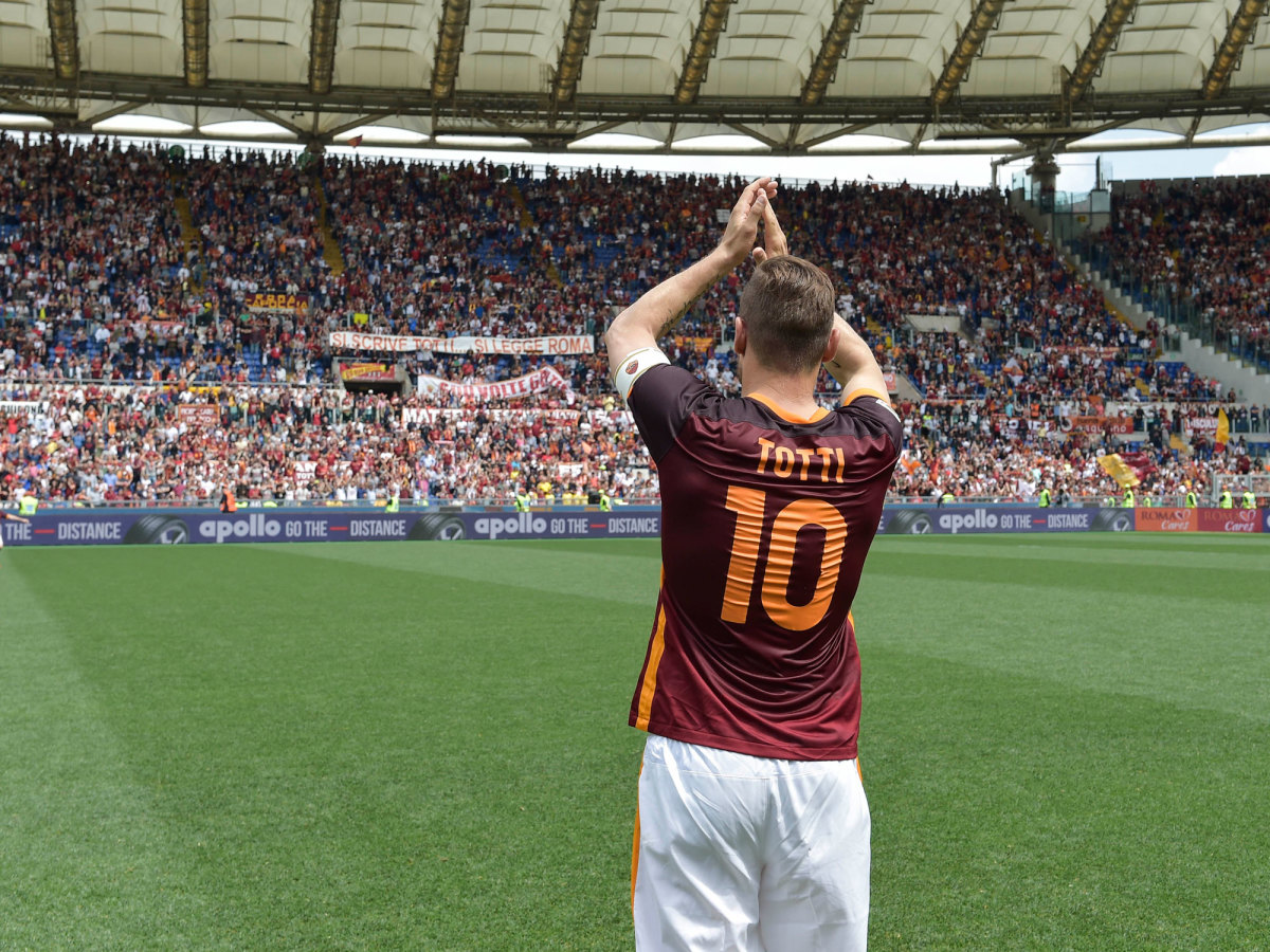 totti-roma-fans.jpg