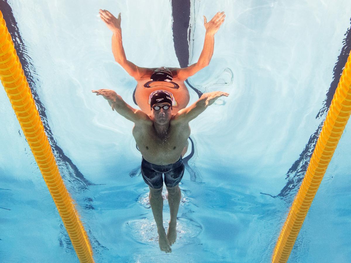 ryan-lochte-training-underwater.jpg