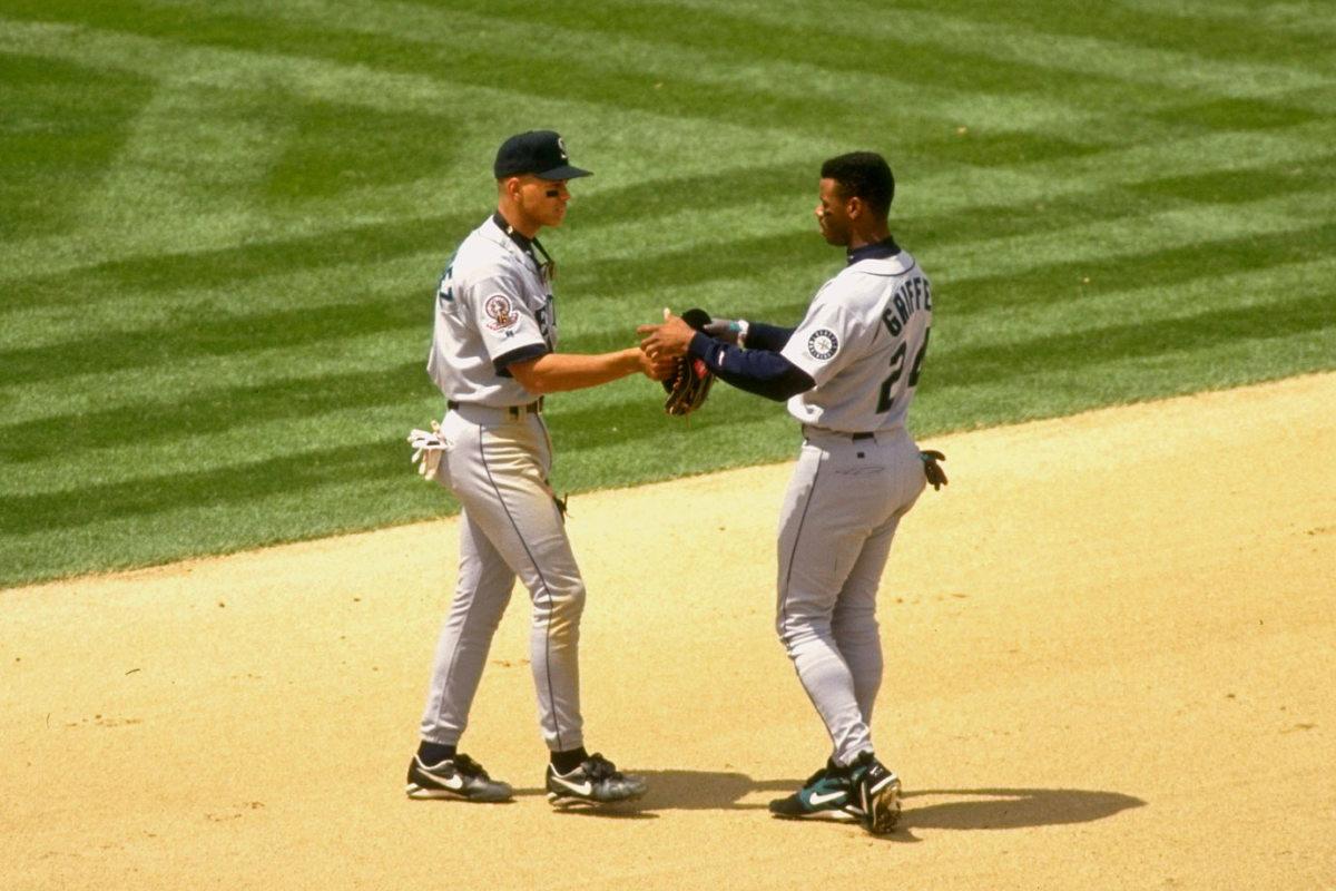 1995-Alex-Rodriguez-Ken-Griffey-Jr-05799171.jpg