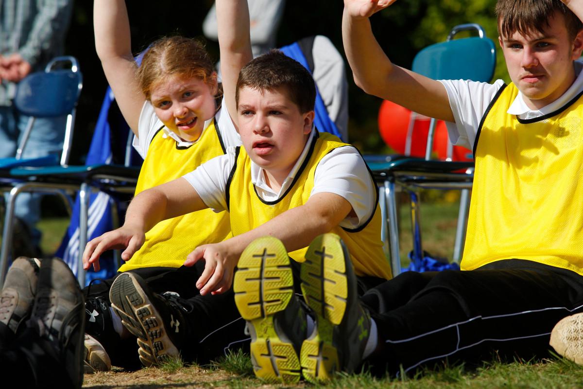 autism-sports-stretching-higashi.jpg