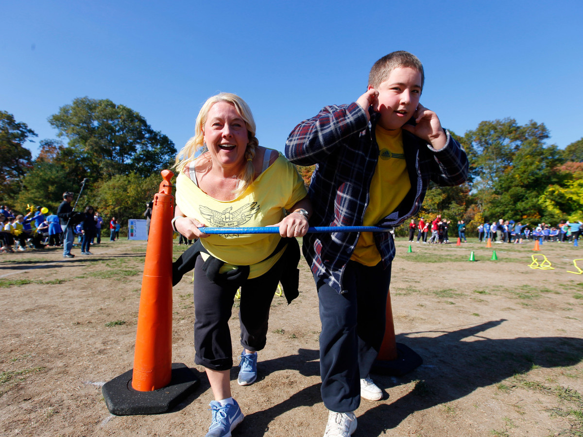 autism-sports-higashi-mom.jpg
