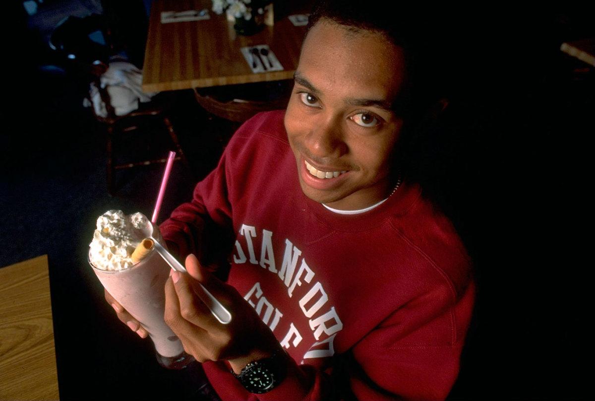 1995-Tiger-Woods-milk-shake-079080615.jpg