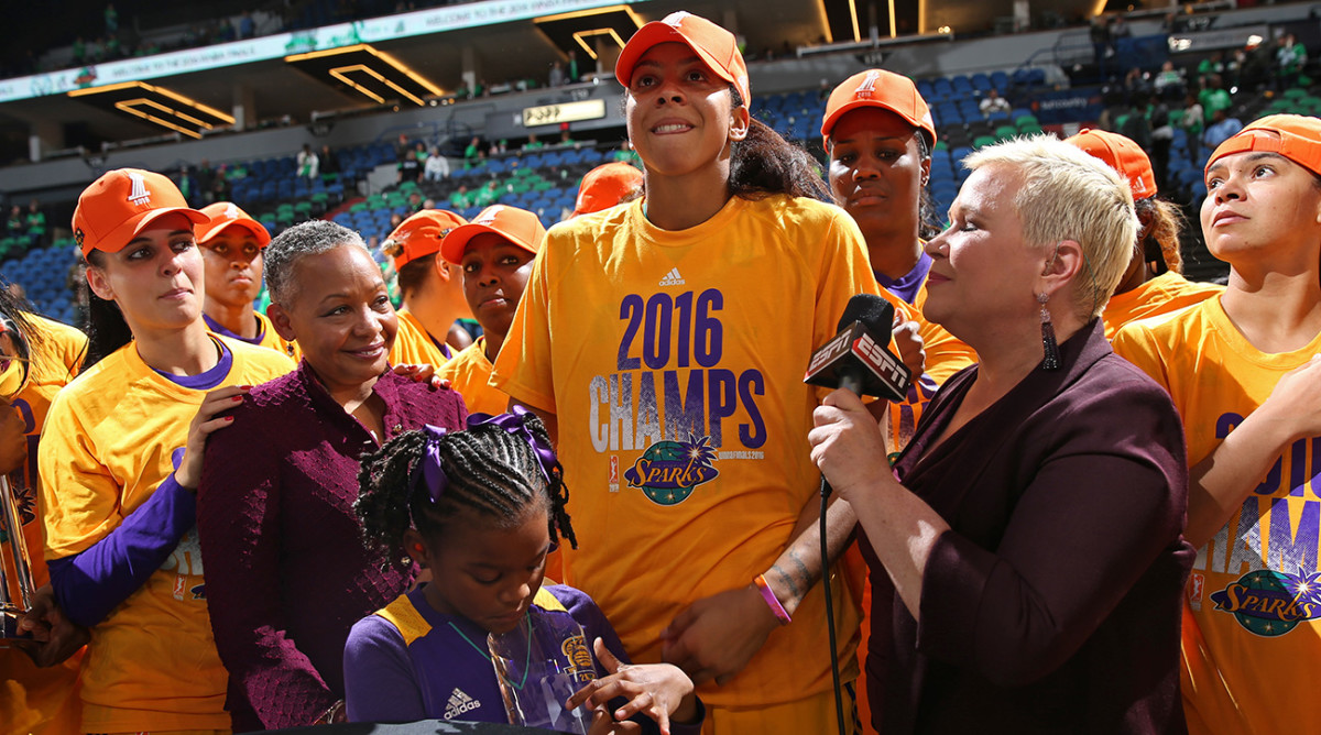 candace-parker-daughter-wnba-title-1300.jpg
