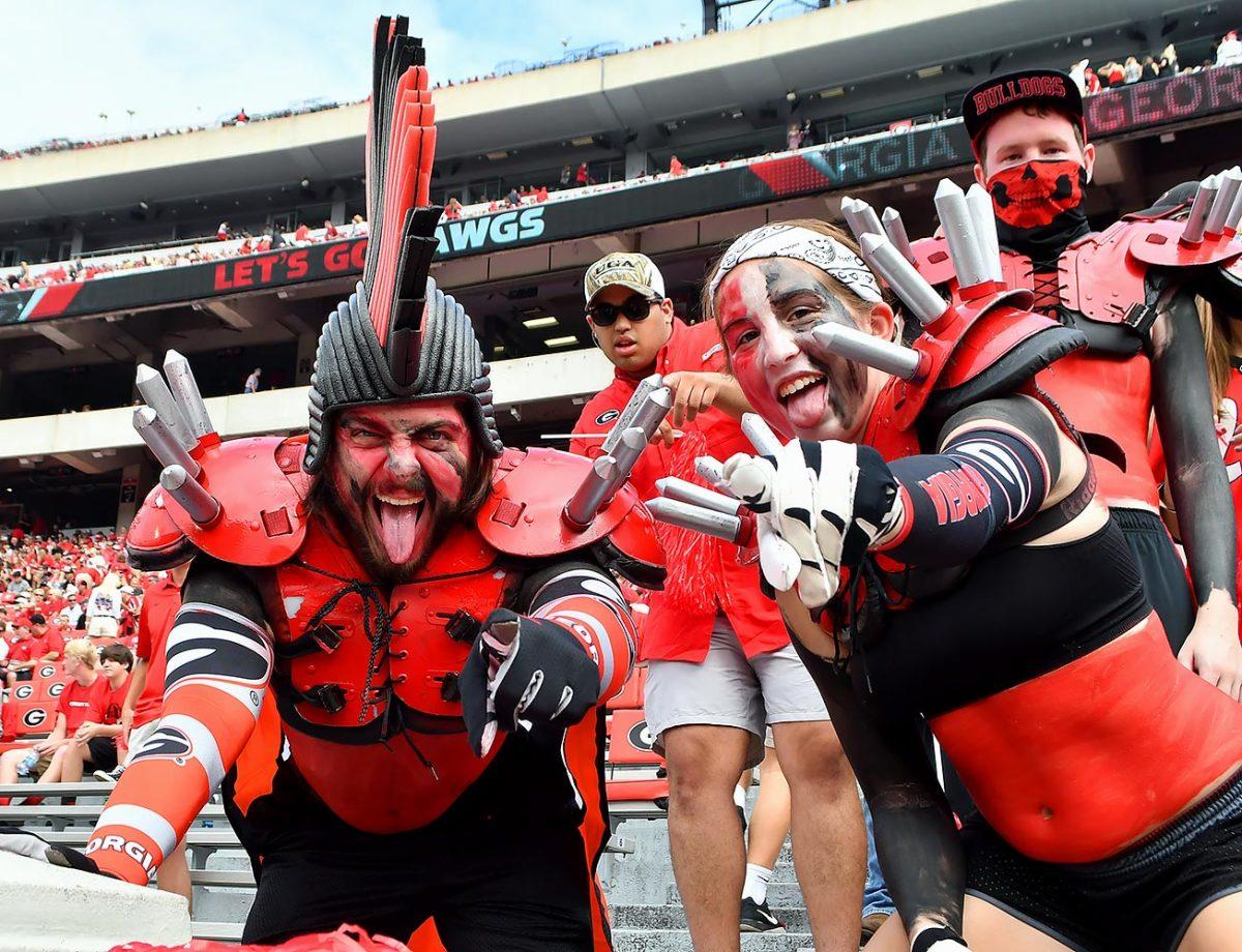 2016-1015-Georgia-Bulldogs-fans-ccr161015019_Vanderbilt_at_Georgia.jpg