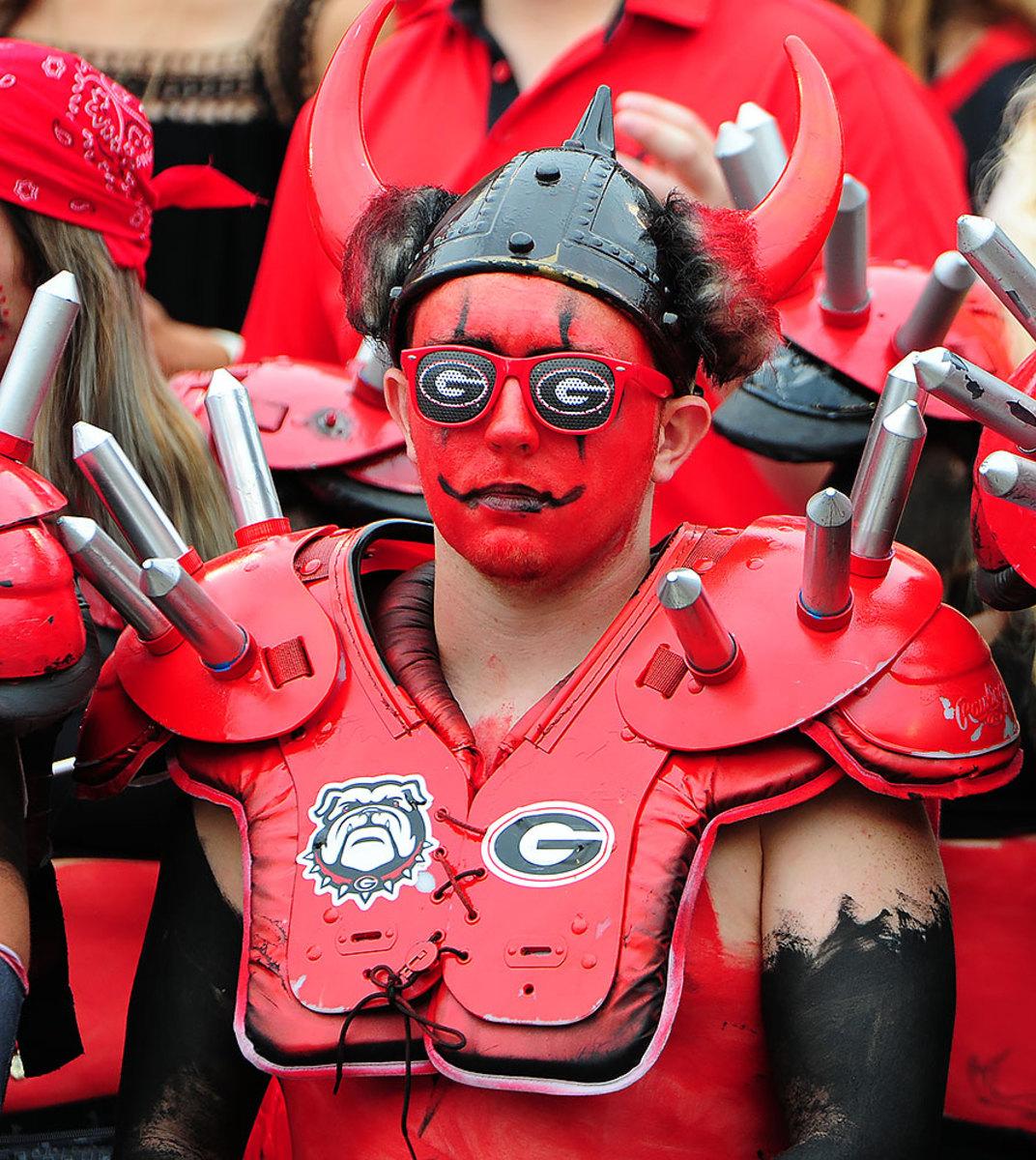2016-1015-Georgia-Bulldogs-fans-614900114.jpg
