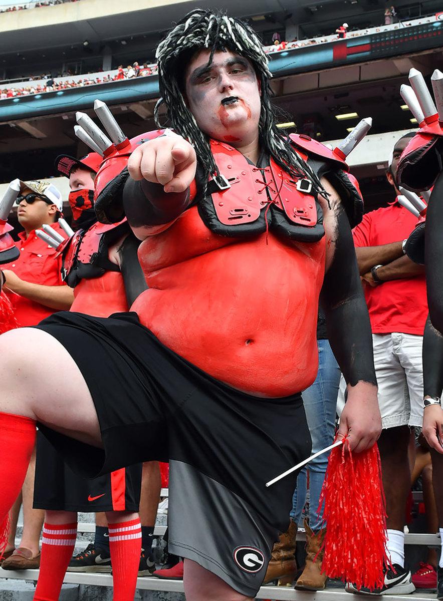2016-1015-Georgia-Bulldogs-fans-ccr161015017_Vanderbilt_at_Georgia.jpg