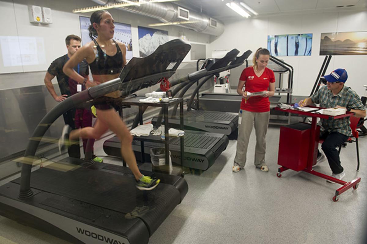 desi-linden-marathon-usoc-training.jpg