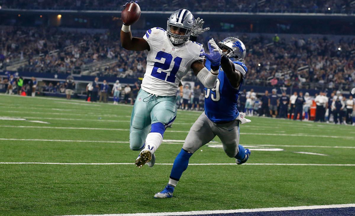 Ezekiel Elliott has a 373-yard lead in the race for the NFL's rushing title heading into Week 17.