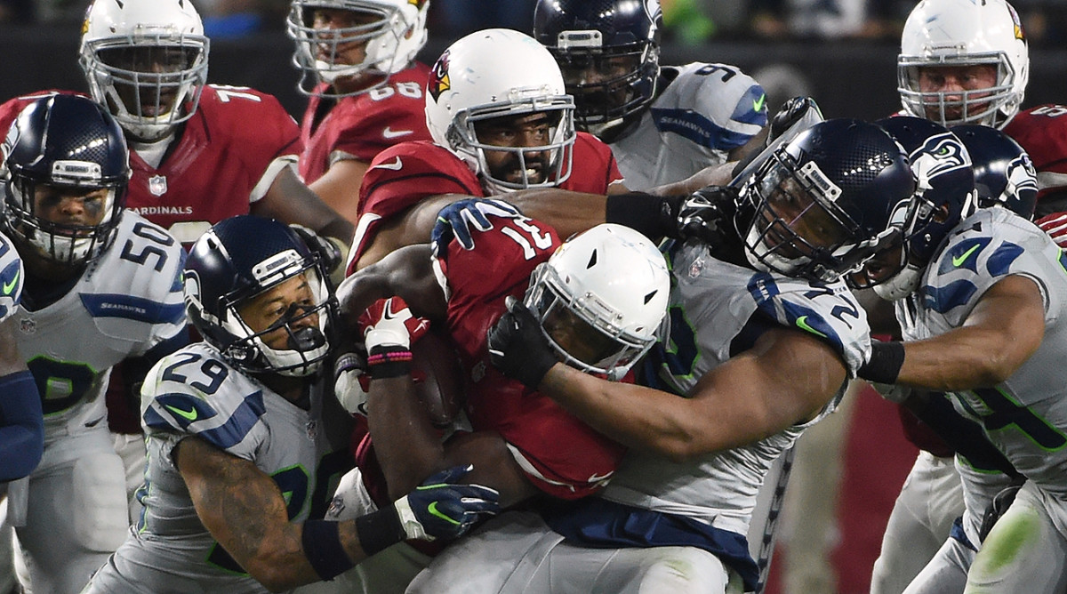 David Johnson (171 total yards) carried a heavy workload for the Cardinals on Sunday night.