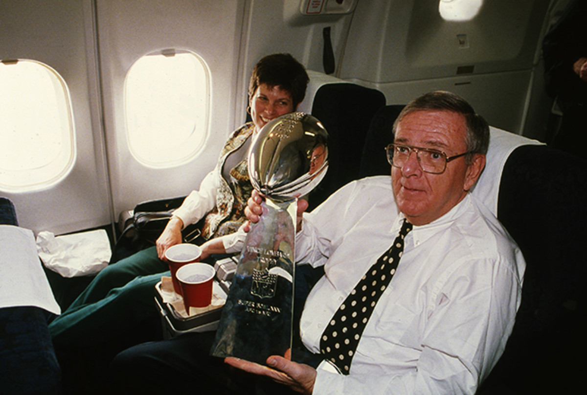 A largely home-grown roster brought the Lombardi Trophy back to Green Bay in Super Bowl XXI.