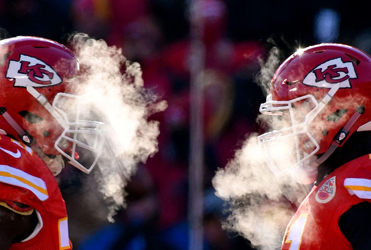 2016-1218-Kansas-City-Chiefs-cold-breath.jpg