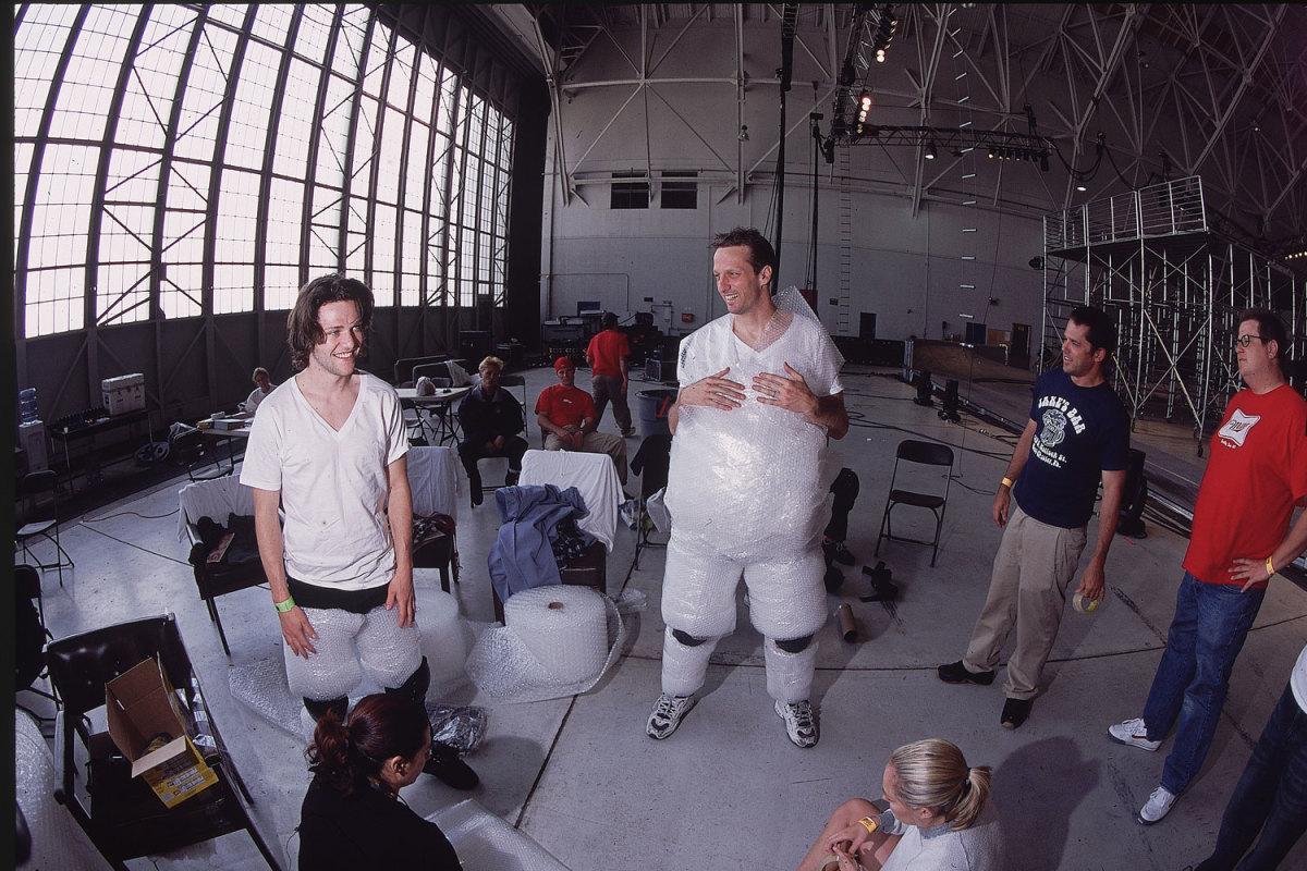 2002-tony-hawk-bam-margera-001260542.jpg