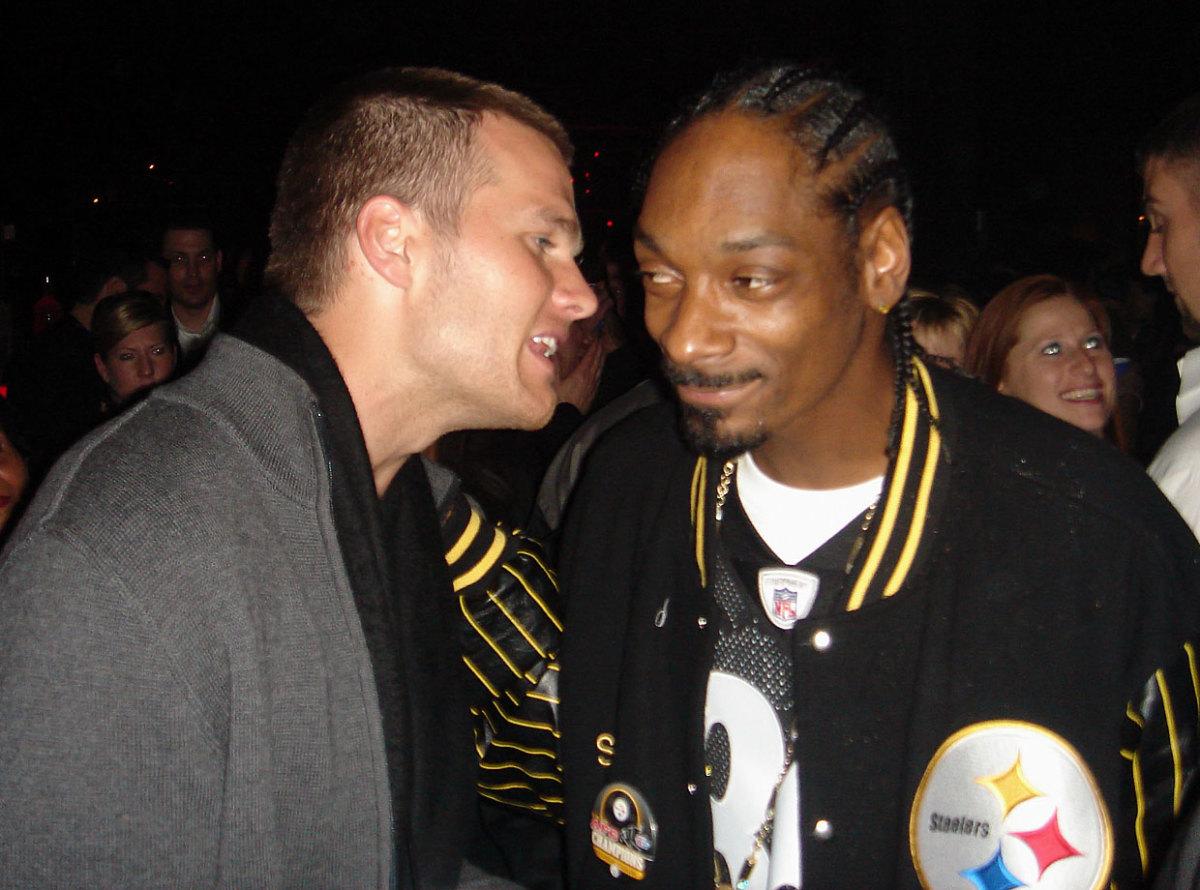 2006-Tom-Brady-Snoop-Dogg.jpg