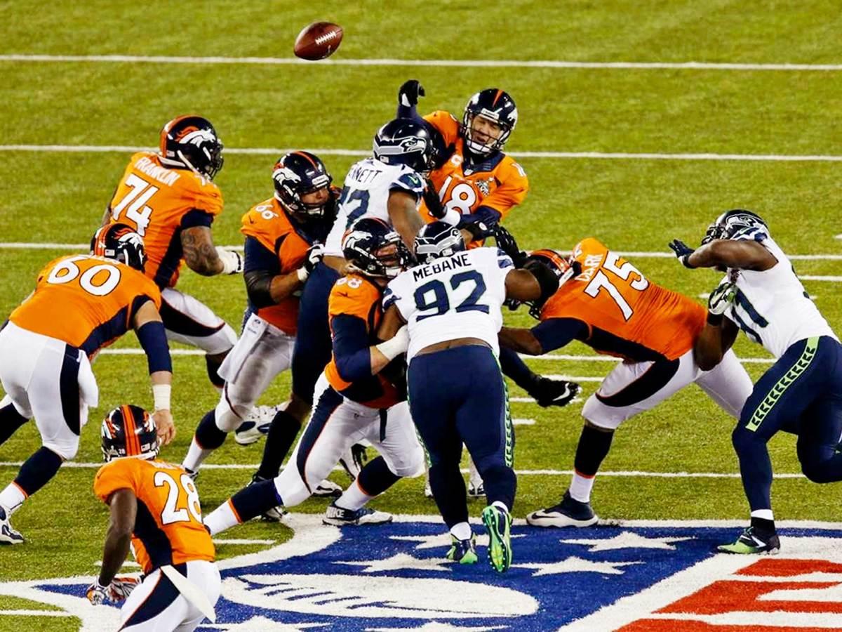 2014SB-XLVIII-Manning.jpg