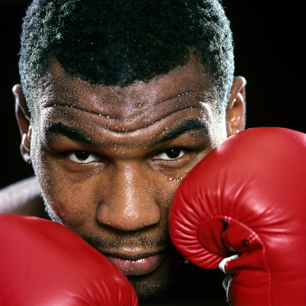 11-Mike-Tyson-NLC_05245.jpg