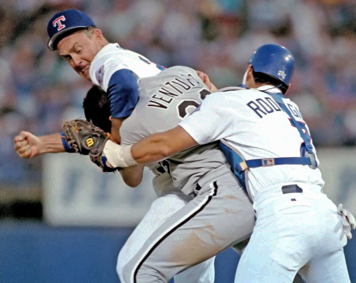 1993-Nolan-Ryan-Robin-Ventura.jpg