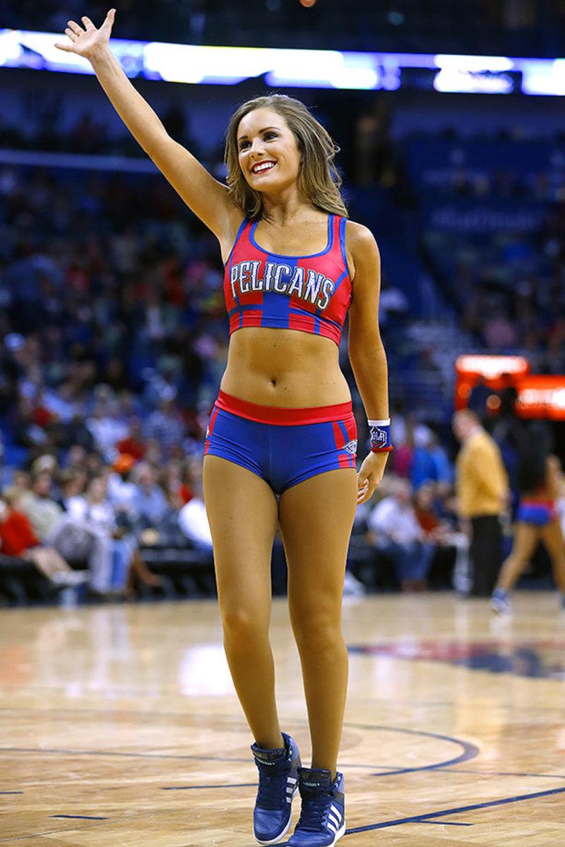New-Orleans-Pelicans-Dancers-05b4f431e7654848ae39ea0bbd7e17b6-0.jpg