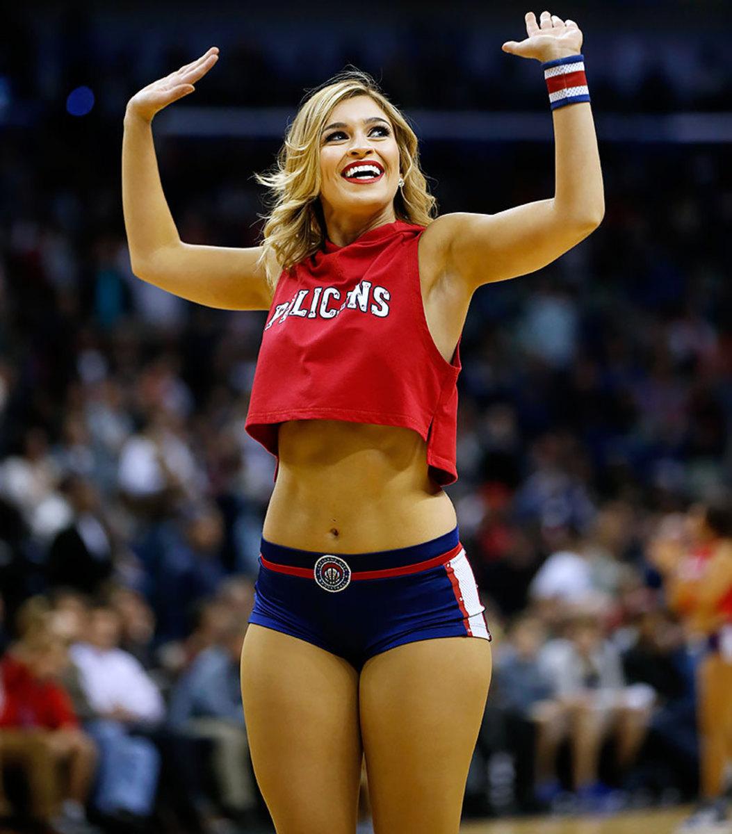 New-Orleans-Pelicans-Dancers-329ca6b69763456b954c47e4401068ea-0.jpg
