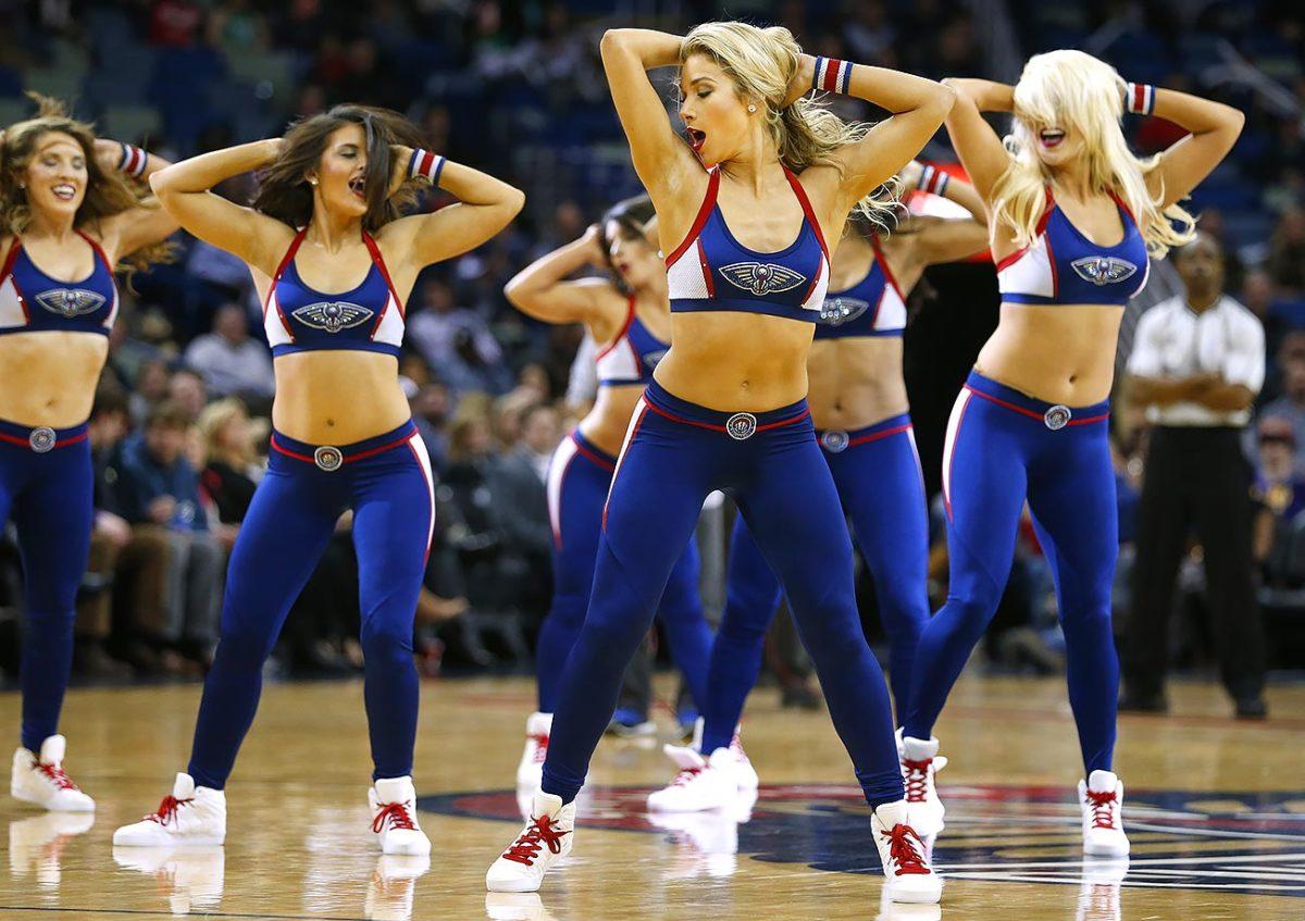 New-Orleans-Pelicans-Dancers-e9ed77f6e9654dd6ac64d24a0e42c291-0.jpg