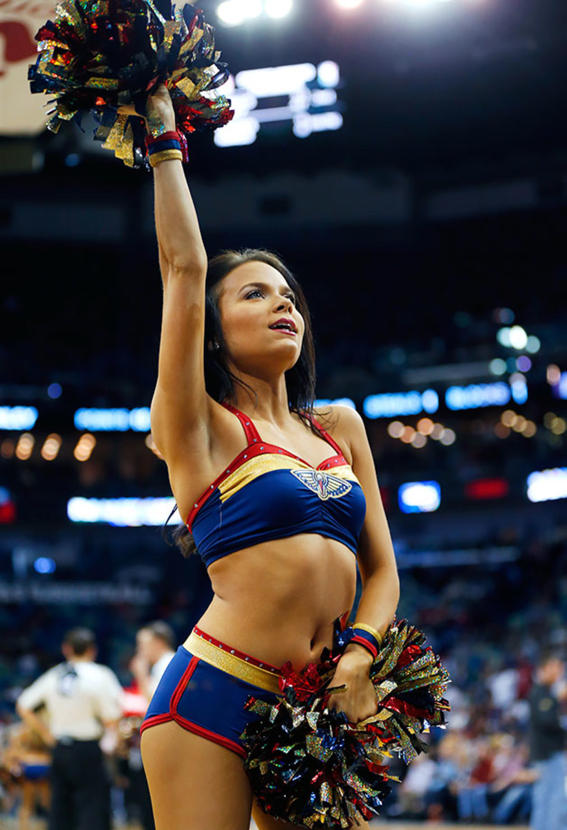 New-Orleans-Pelicans-Dancers-8e1be21e07e64966b521aa93fc8f476f-0.jpg