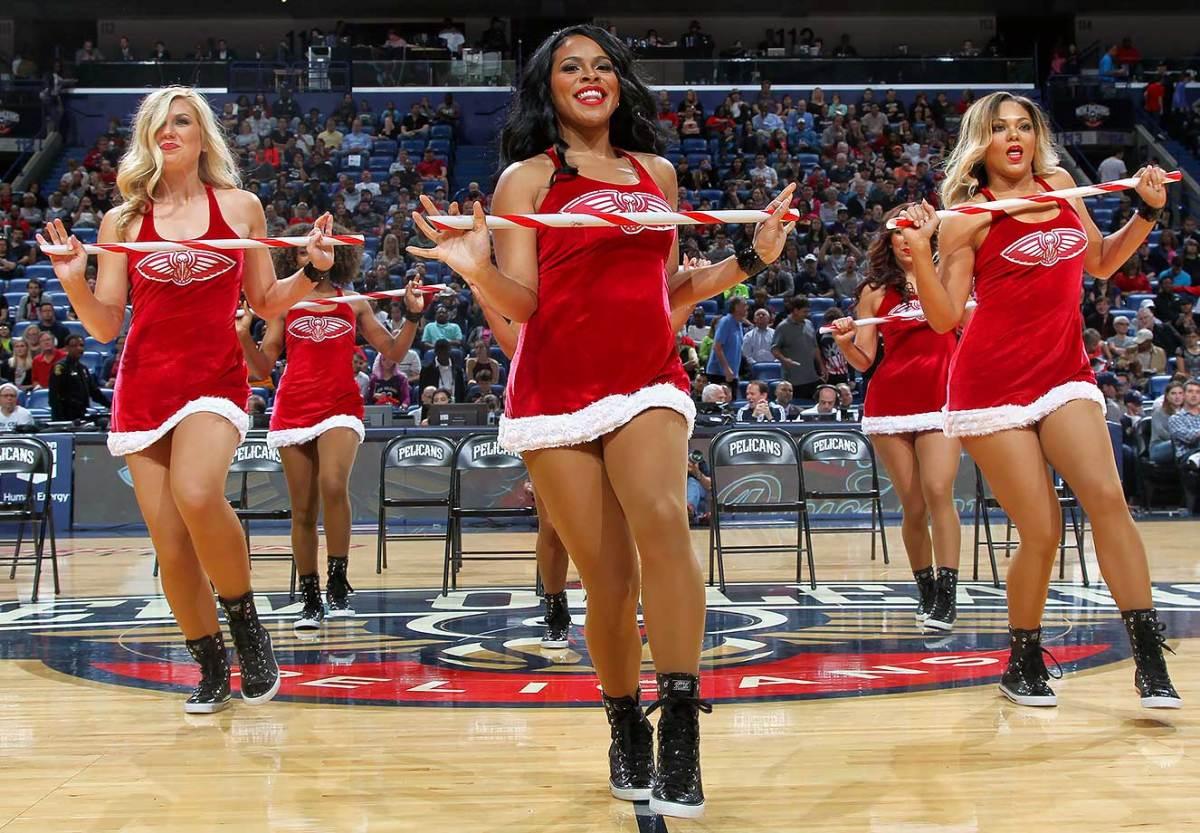 New-Orleans-Pelicans-Dancers-502381550.jpg