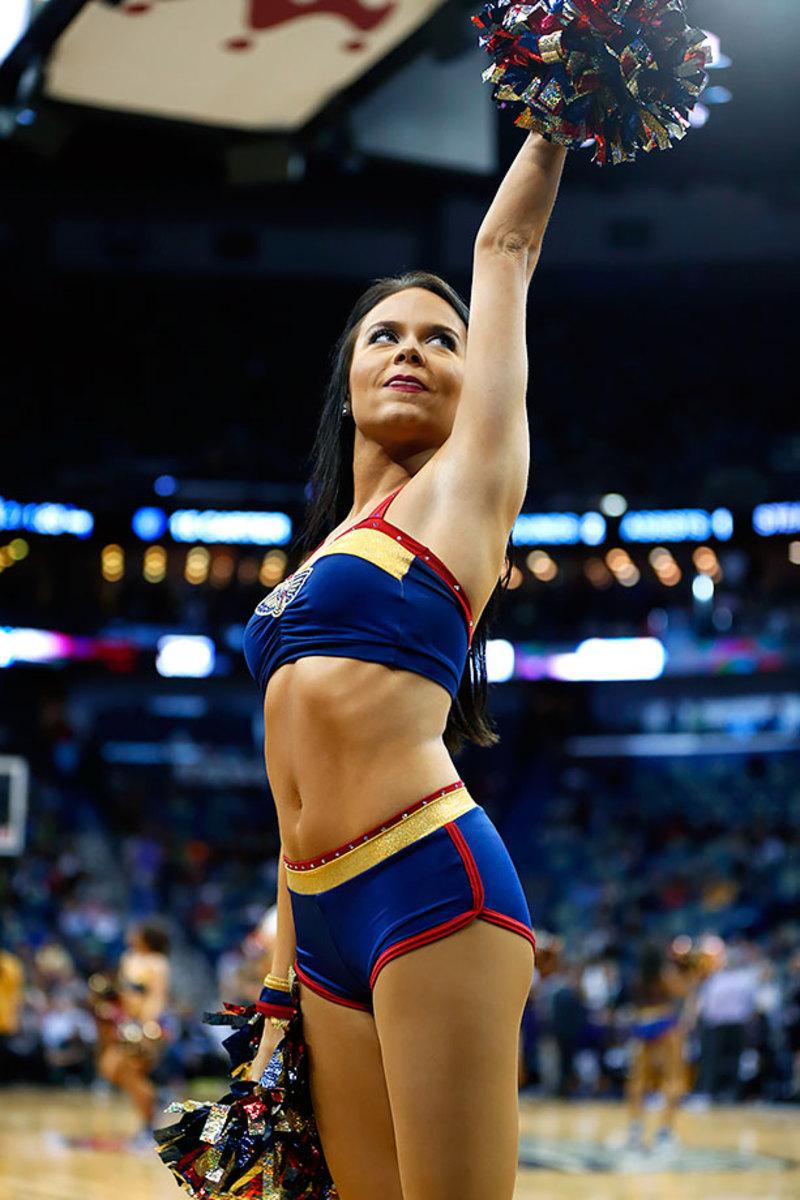 New-Orleans-Pelicans-Dancers-f22b623f1235404dbb0e374ed8bb39a0-0.jpg