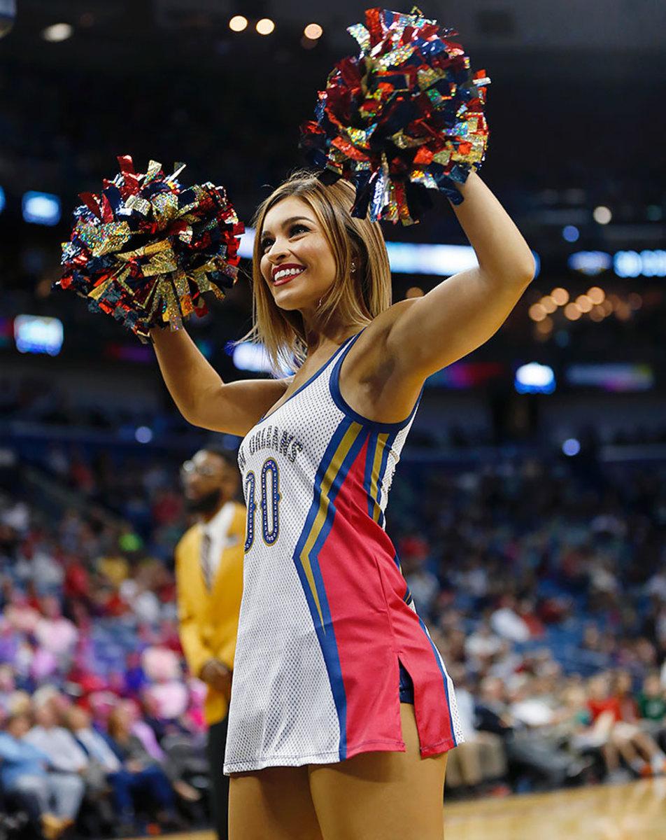 New-Orleans-Pelicans-Dancers-cd991812de5f4549a13d739924be53a8-0.jpg
