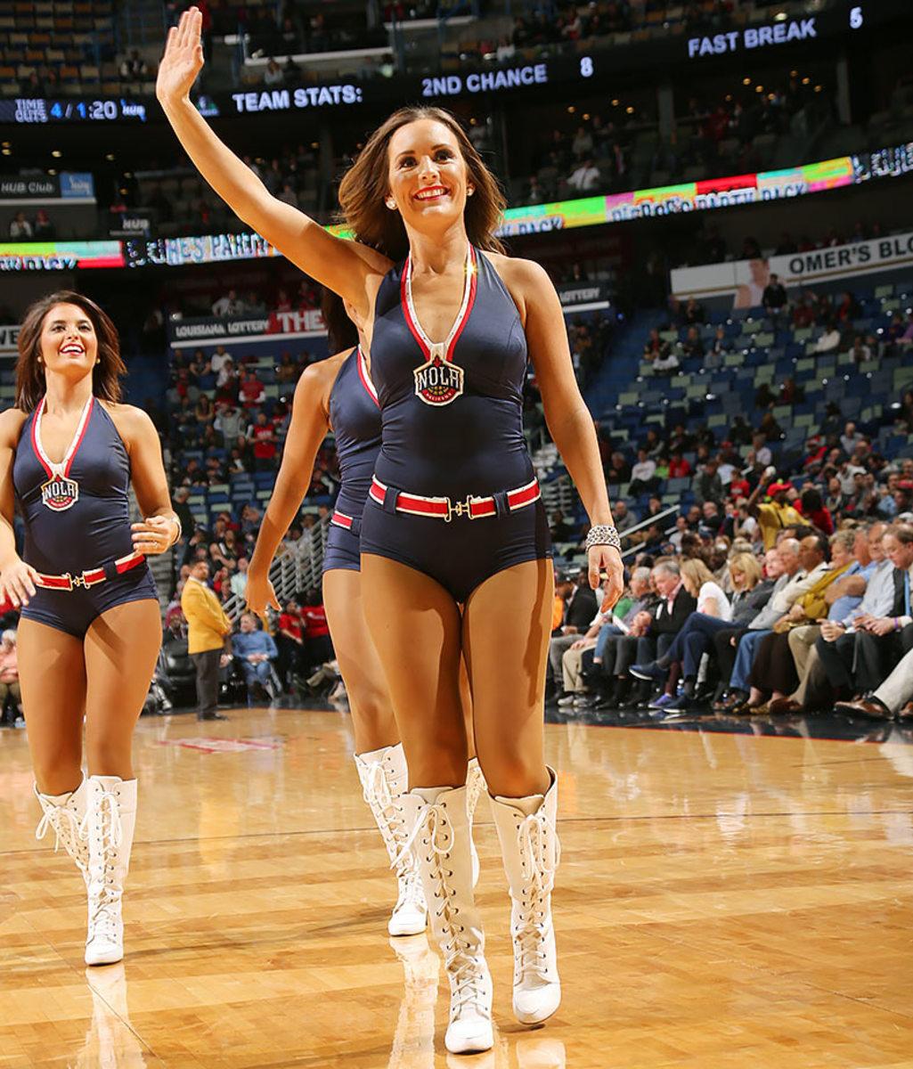 New-Orleans-Pelicans-Dancers-505739374.jpg