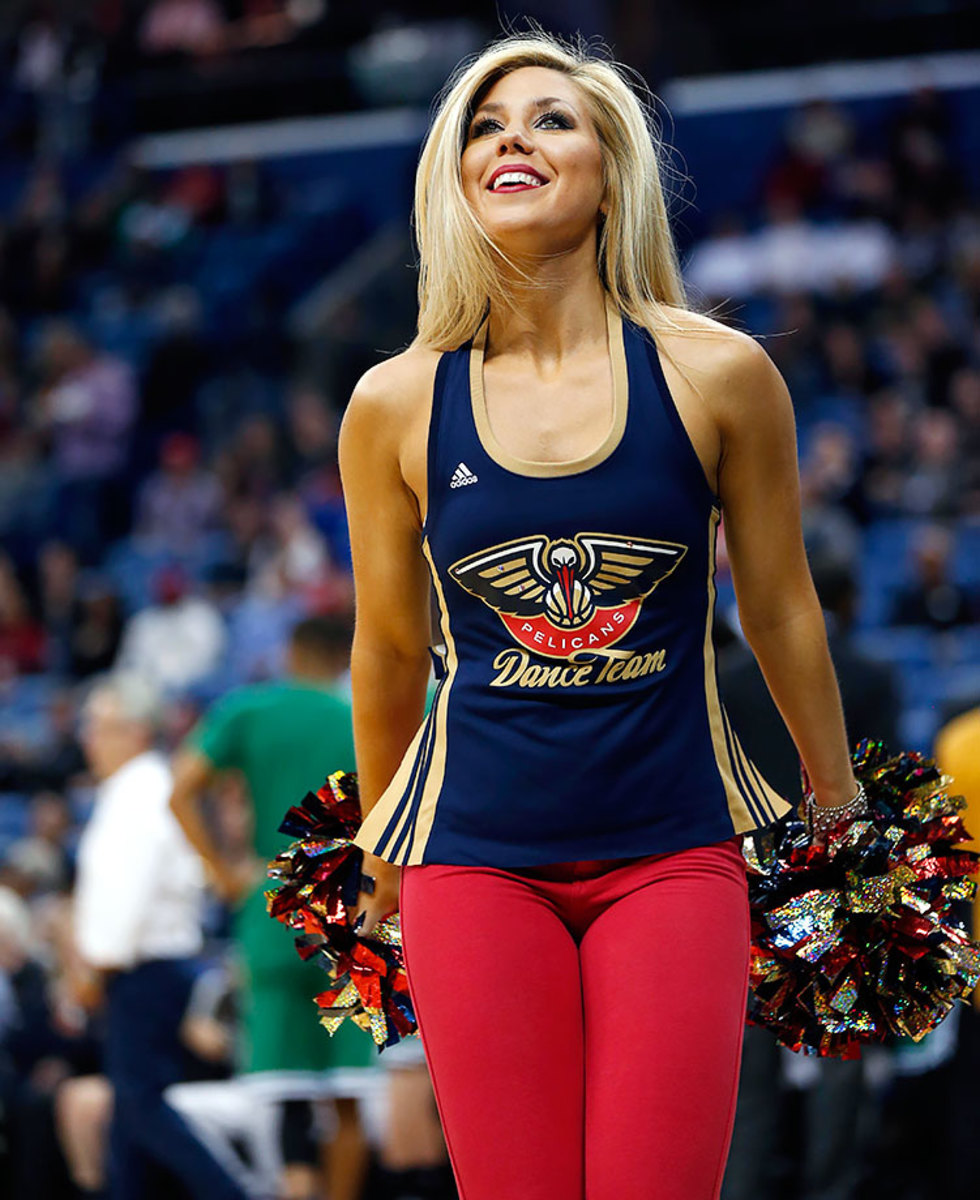 New-Orleans-Pelicans-Dancers-1b8892946b594ccda05bc026e3e3ae35-0.jpg