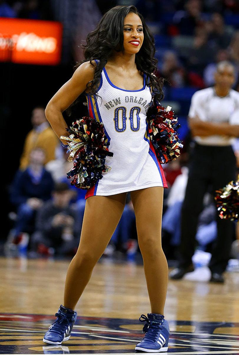 New-Orleans-Pelicans-Dancers-6c4f4cf91a5e4291be8796c04cf66775-0.jpg