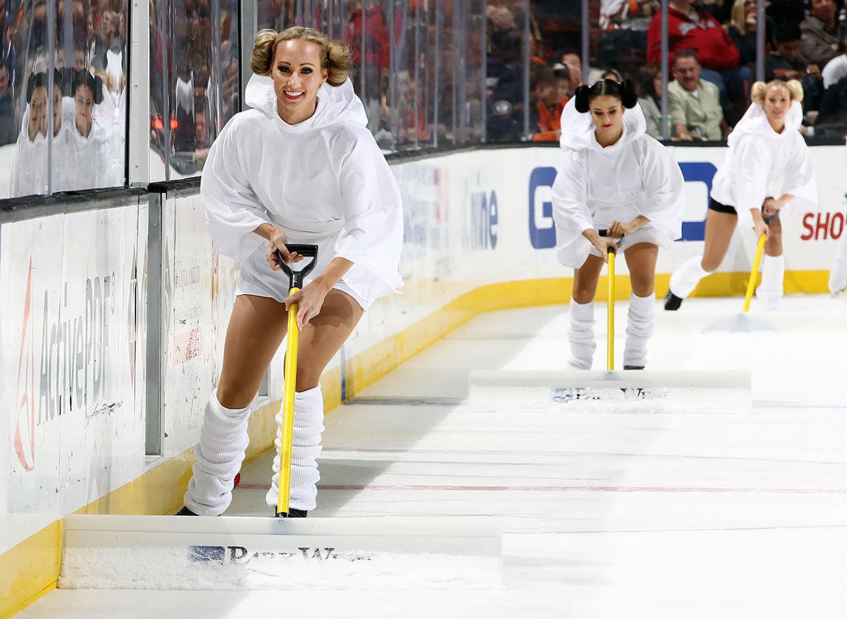 Anaheim-Ducks-Power-Players-Ice-Girls-GettyImages-499702536_master.jpg