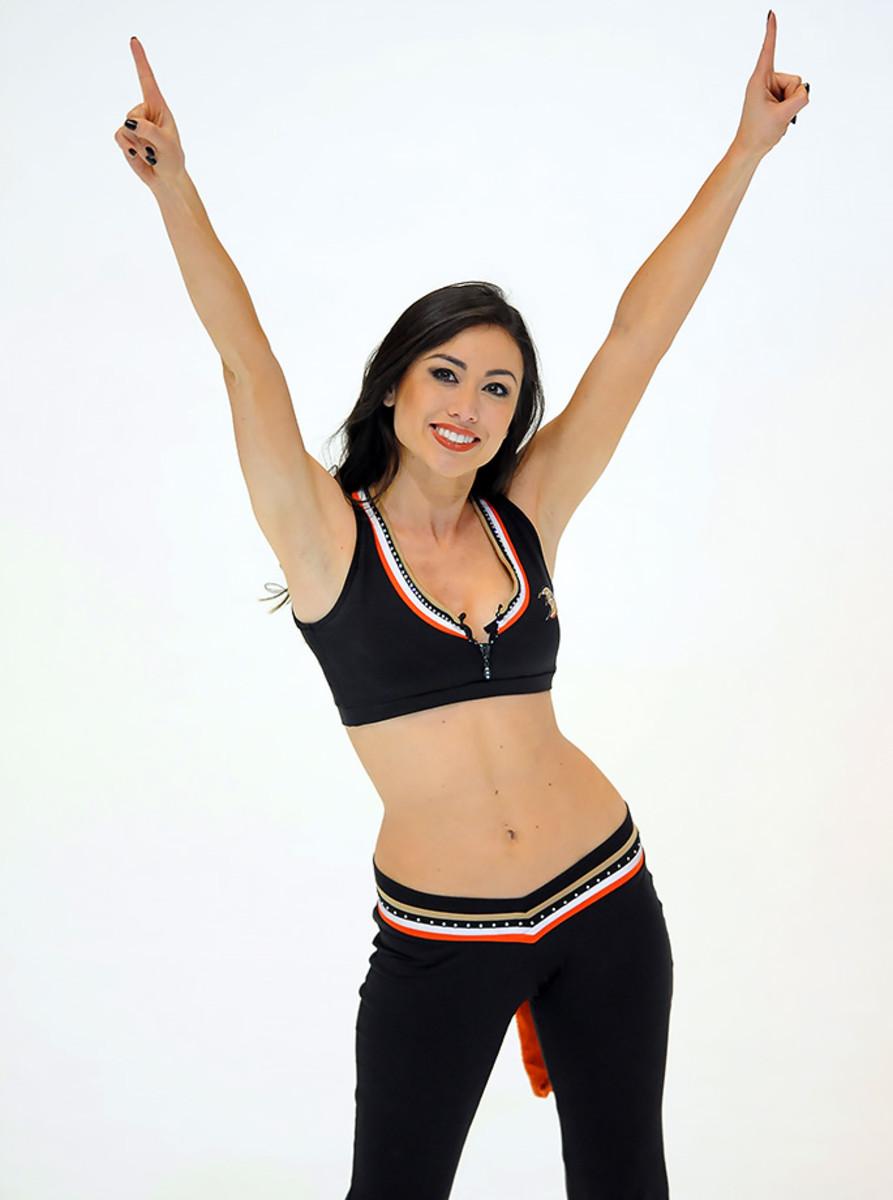 Anaheim-Ducks-Power-Players-Ice-Girls-506160224027_Sabres_at_Ducks.jpg