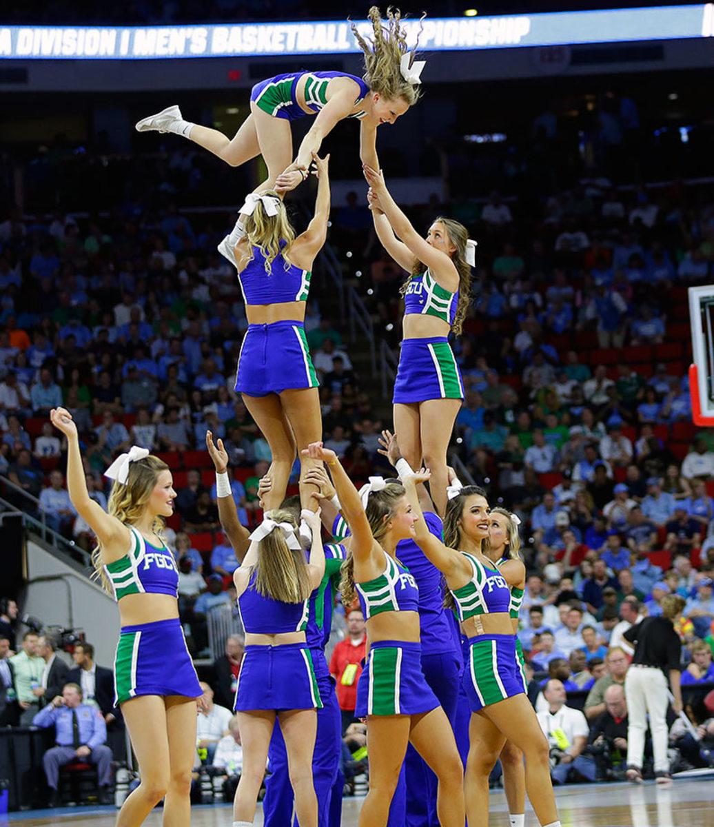 Florida-Gulf-Coast-cheerleaders-f9d643e4d730423fa7b996dd5d75f6e5-0.jpg