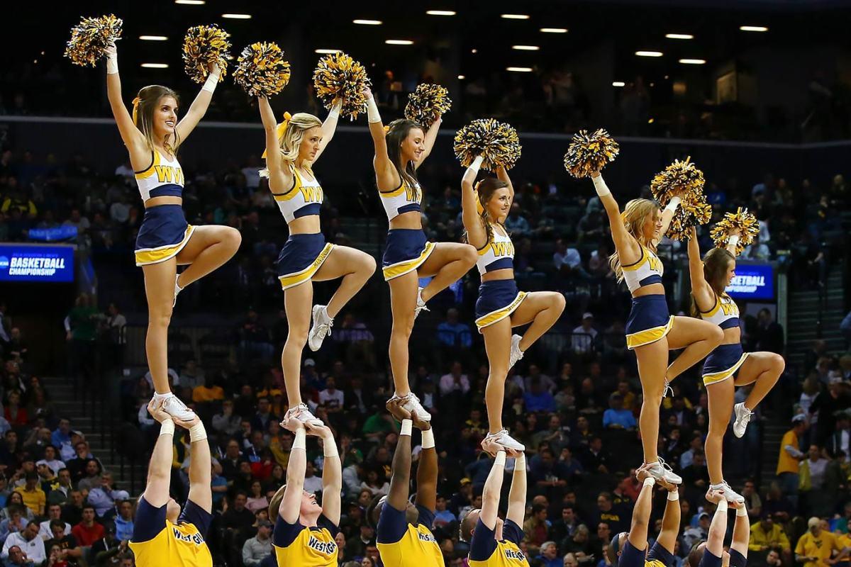 West-Virginia-cheerleaders-CGV1603180873_West_Virginia_v_Stephen_F_Austin.jpg