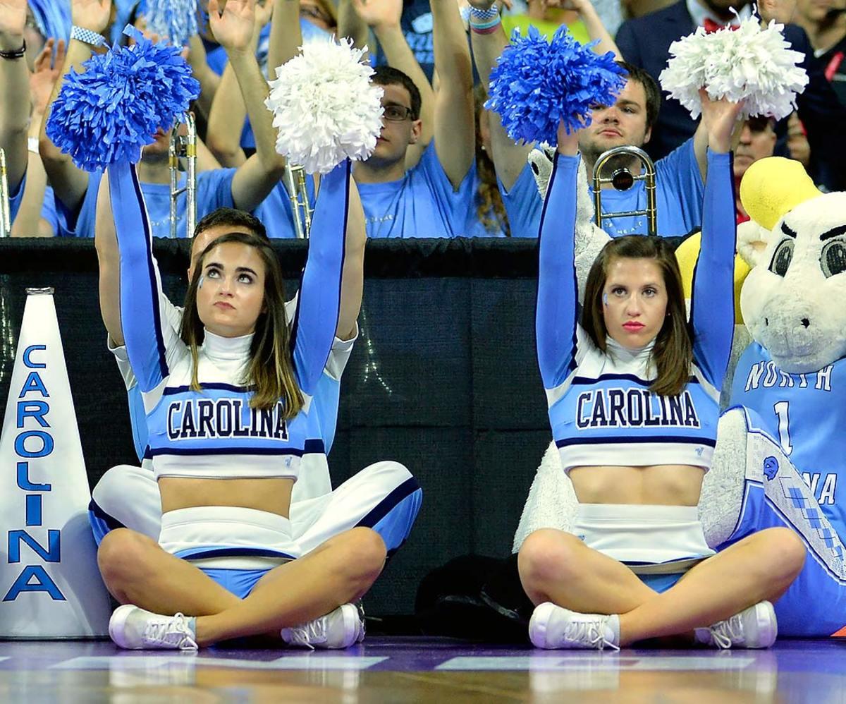 North-Carolina-cheerleaders-GettyImages-516233910.jpg