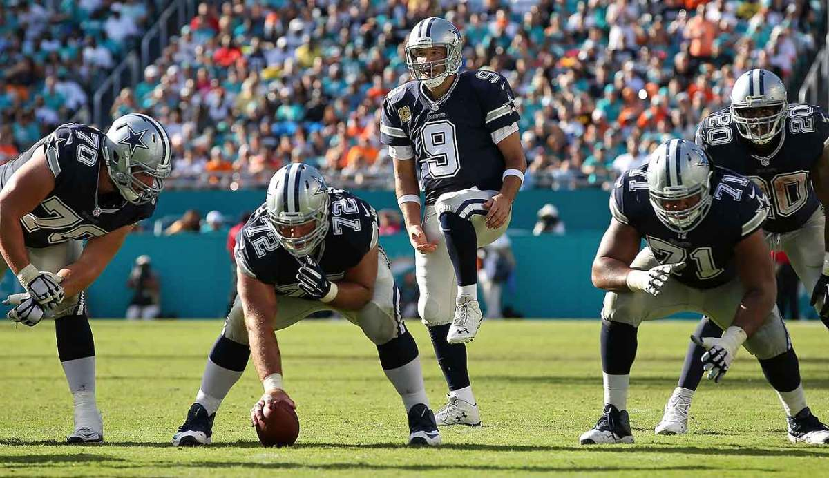 Tony Romo only played in four games for the Cowboys in 2015, missing the rest with collarbone injuries.